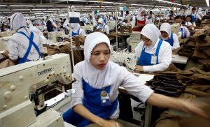 Penerapan Software Accurate Pada Bidang Usaha Konveksi Garment