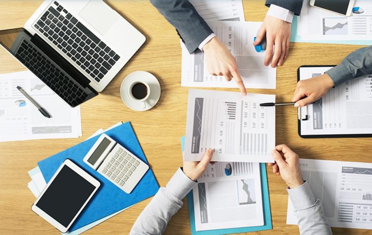 Pisahkan Keuangan Perusahaan Anda Dengan Accurate   Hubungi : Ivan ( 087759171799 )